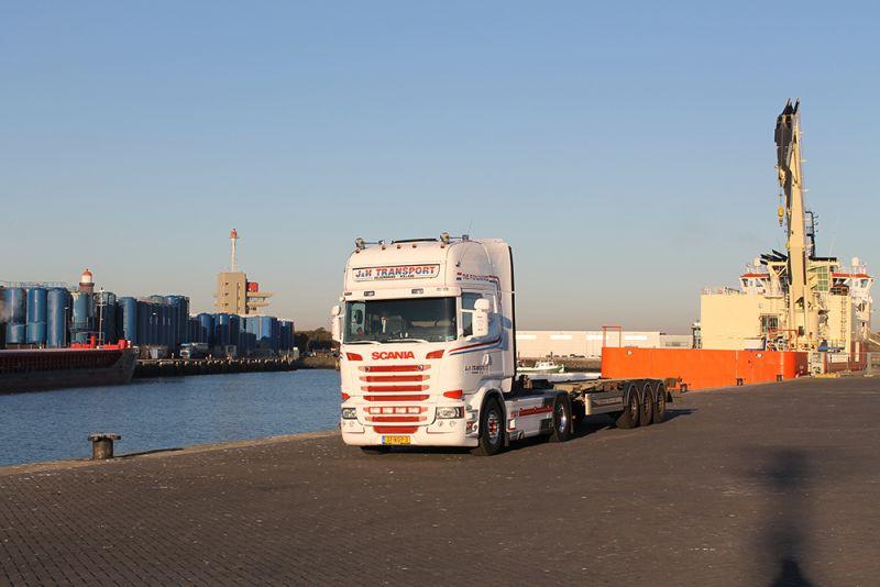 J&H Transport Velserbroek Nederland